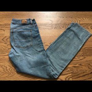American Eagle straight super stretch jeans.